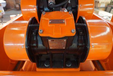vibrating shaker's motor